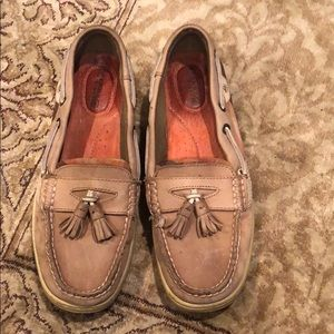Sperry shoes with tassel
